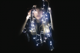 """""""A Silent Night"""" è il nuovo EP della musicista vercellese Carlot-ta"""