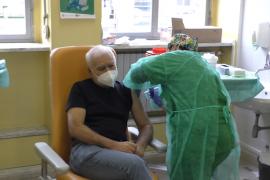"""Vaccini, Ospedale di Alessandria risponde: """"Terza dose? Ancora non sappiamo quanto dura l'immunità"""""""