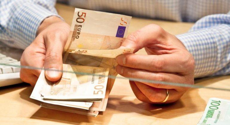 Immagine Dipendente di banca denunciato per furto aggravato: ingannati due clienti pensionati