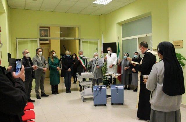 Immagine Italvav di Basaluzzo dona due concentratori di ossigeno al Piccolo Cottolengo di Tortona