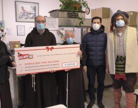 Gelindo dona ai frati cappuccini 12 mila euro raccolti durante le puntate su Radio Gold Tv