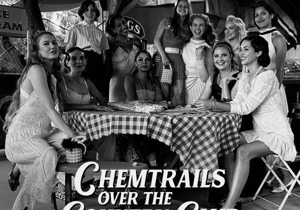 """Immagine Lana Del Rey pubblica il nuovo singolo """"Chemtrails Over The Country Club"""""""