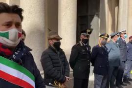Immagine Bandiere a mezz'asta e il Silenzio: Casale ricorda l'Ambasciatore e il Carabiniere uccisi in Congo