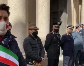 Bandiere a mezz'asta e il Silenzio: Casale ricorda l'Ambasciatore e il Carabiniere uccisi in Congo