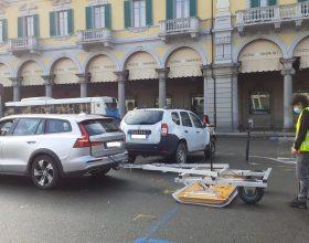 Parcheggio vietato in mezza piazza Garibaldi: proseguono le ispezioni sotterranee col georadar