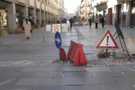 Tra corso Garibaldi e via Mazzini addio alle lastre: arrivano i cubetti di porfido