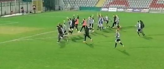 Alessandria Calcio all'ultimo respiro: Di Gennaro incorna l'Albinoleffe nel recupero