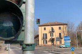 Il giallo del semaforo sul Forlanini dura troppo poco?