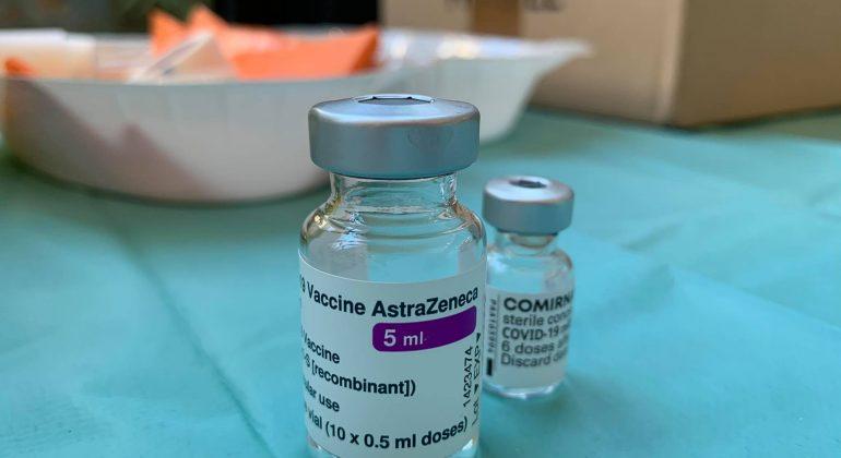 Vaccini Piemonte: da martedì adesioni per la fascia 55-59 anni. Dall'11 maggio anche per i 50-54 anni