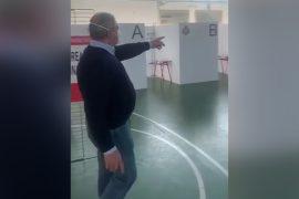 Il sindaco di Valenza mostra come funziona il centro vaccinale
