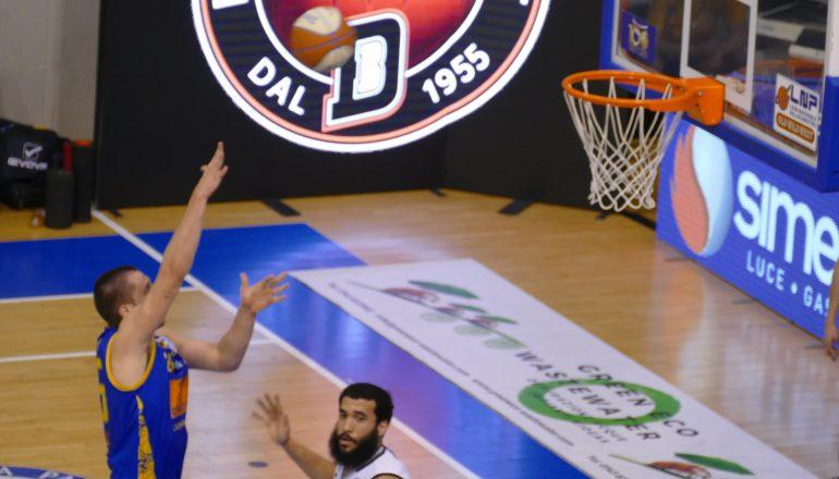 Bertram Derthona vince e convince: Scafati battuta 69 a 67