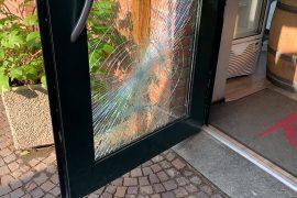 Ancora una spaccata ad Alessandria: malviventi tentano di entrare nel bar Koela