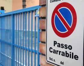 """Canone sui passi carrai a raso: M5S attacca la giunta. Assessore Lumiera: """"Polemica sterile"""""""