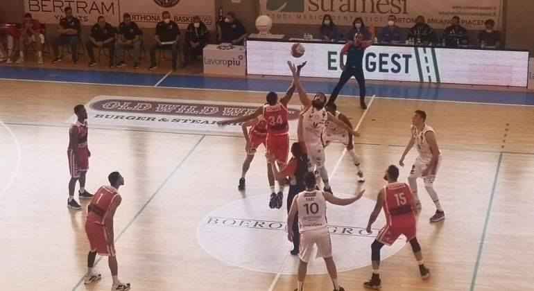 Bertram Derthona ruggisce all'overtime: i leoni piegano Forlì
