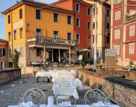 Il Ristorante Corona di San Sebastiano Curone nella guida di Vanity Fair dei luoghi da visitare in Piemonte