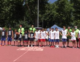 24 ore di basket ad Alessandria: da 16 anni una maratona di canestri lunga un giorno per fare del bene