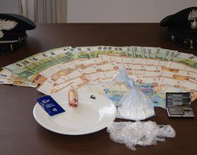 Attività anti spaccio nel novese: uomo sorpreso con oltre mezzo etto di cocaina in casa