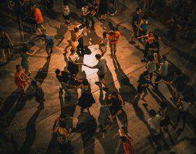 Adibisce una zona del locale a pista da ballo per i suoi clienti: chiuso locale a Sezzadio