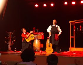 """Le sommelier"" ha iniziato la rassegna Revival al Teatro San Francesco"