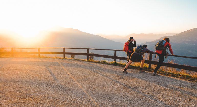 A spasso per il Piemonte: il sentiero del Parco della Rocca tra lago e montagna