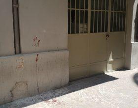 In via dell'Erba ad Alessandria trovate tracce di sangue sul muro e a terra