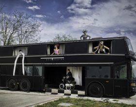 Un teatro itinerante su un bus a due piani farà tappa a Monfasso