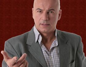 Giovanni Cacioppo a Broni per la rassegna del Teatro Carbonetti
