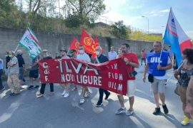 Sciopero all'ex Ilva di Novi: adesione del 90% dei lavoratori. Presente anche il sindaco Cabella