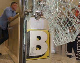Una nuova spaccata in centro ad Alessandria: colpito il negozio Trimmer's in via San Lorenzo