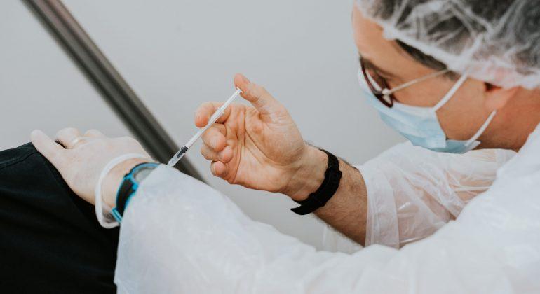 In Piemonte oltre 37 mila persone si sono vaccinate oggi contro il Covid