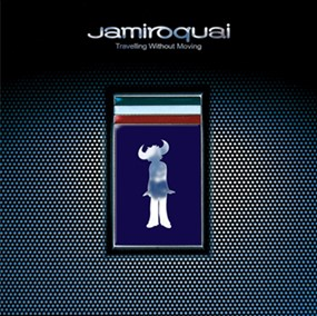 "Jamiroquai celebra il 25° anniversario di ""Travelling Without Moving"""