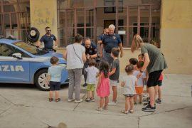 Un giorno da poliziotto: per i piccoli del Girasole visita al Commissariato di Casale