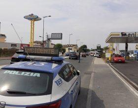 Incidente alle 13.30 ad Alessandria: auto contro moto in via Giordano Bruno