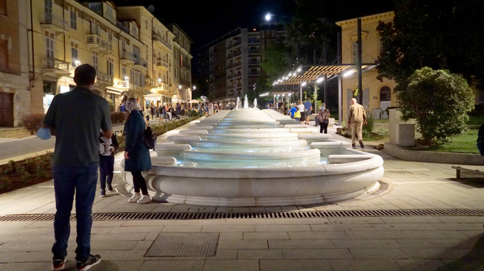 Nuovi luci per la fontana delle Ninfee tra i simboli di Acqui Terme