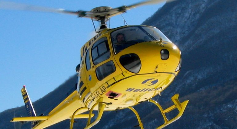 Controllo aereo delle linee elettriche: fino al 28 settembre droni ed elicotteri