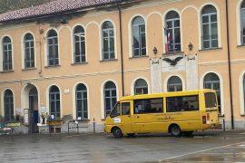 Da lunedì piazza Zanzi chiusa alle auto negli orari di uscita e ingresso degli alunni
