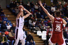 """Bertram Derthona crolla a Trieste. Coach Ramondino: """"Impreparati sotto tutti i punti di vista"""""""