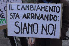 """Nuova protesta ad Alessandria dei Fridays for Future: """"Le amministrazioni agiscano per il bene di tutti"""""""