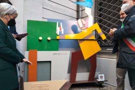 Lo storico Bar Baleta torna a vivere ad Alessandria grazie a una statua