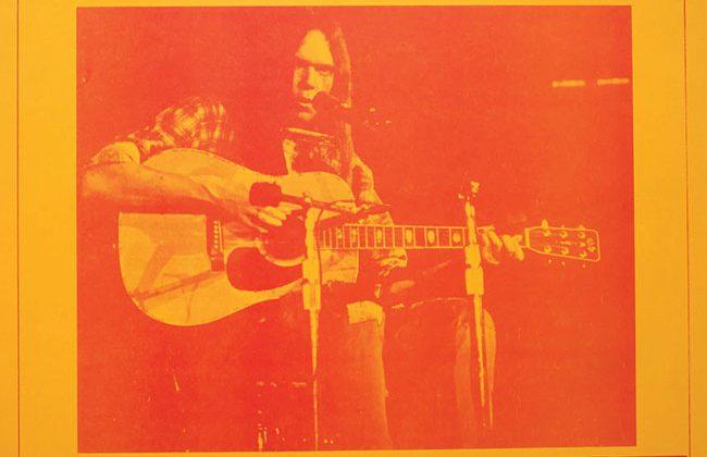 Neil Young pubblica per la prima volta il concerto Carnegie Hall 1970
