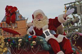 Maxi raduno di Babbi Natale per un generoso dono all'Ospedaletto di Alessandria