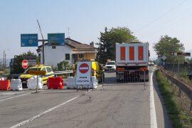 Verifica del ponte sulla ferrovia sulla SS30 riprogrammata: tratto chiuso fino alle 16