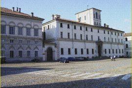 Trekking Urbano 2021, a Pavia un tour sui celebri personaggi pavesi