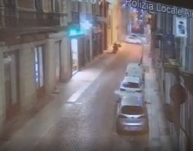 Contromano e a folle velocità con l'auto rubata: il video che ha incastrato i quattro alessandrini